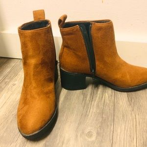 New H&M brown suede ankle booties EUR size 37